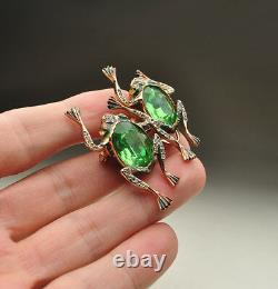 Coro Sterling Silver Emerald Green Faceted Glass Frogs Duette Pin Brooch