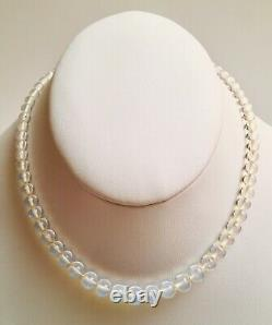 Gorgeous Art Deco Petite Ladies Opaline Saphiret Glass Bead Necklace 14.5